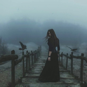 priestess-raven